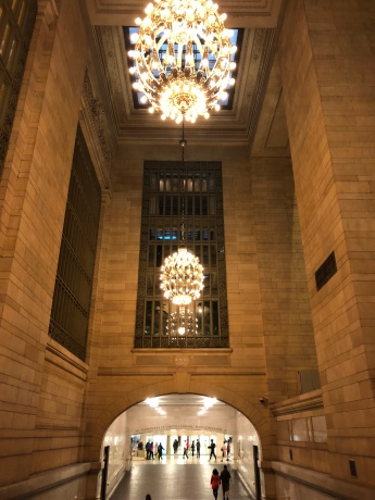 grand central station | rainy day in NYC